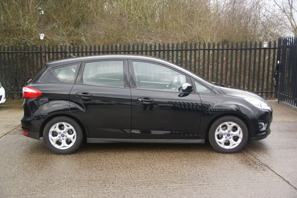 used panther black metallic ford c max for sale essex. Black Bedroom Furniture Sets. Home Design Ideas