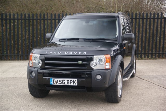 used Land Rover Discovery 3 TDV6 SE in colchester-essex
