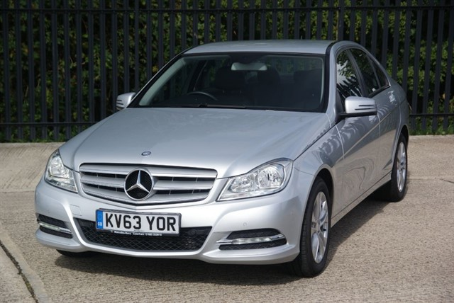 used Mercedes C200 CDI BLUEEFFICIENCY EXECUTIVE SE in colchester-essex