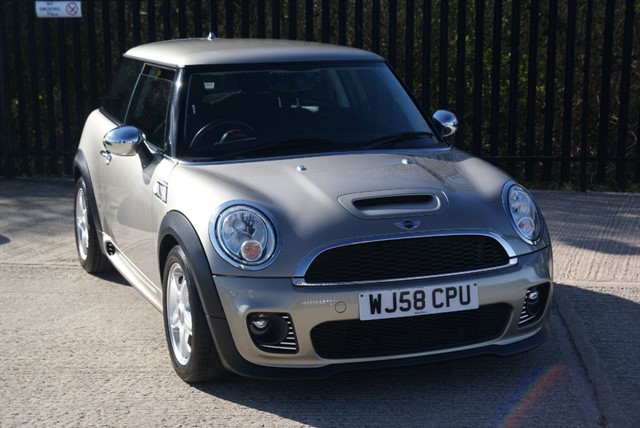 used MINI Hatch COOPER S in colchester-essex