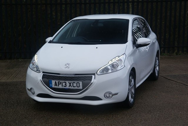 used Peugeot 208 ALLURE in colchester-essex
