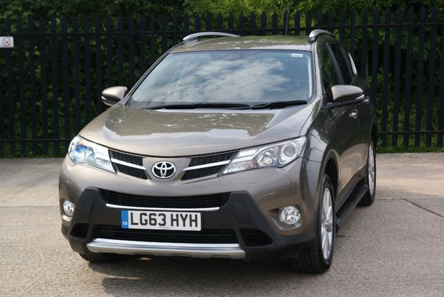 used Toyota  RAV-4 D-4D INVINCIBLE in colchester-essex