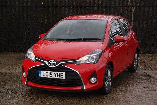 used Toyota Yaris VVT-I ICON in colchester-essex