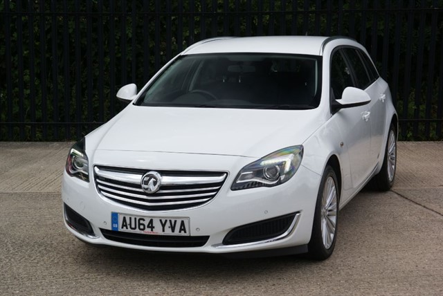 used Vauxhall Insignia ENERGY CDTI in colchester-essex