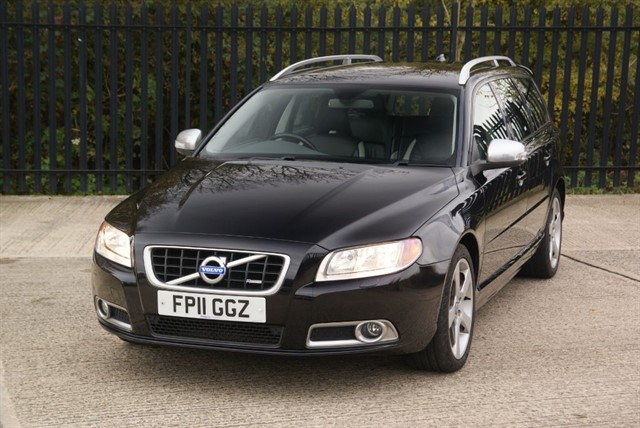 used Volvo V70 D3 R-DESIGN in colchester-essex