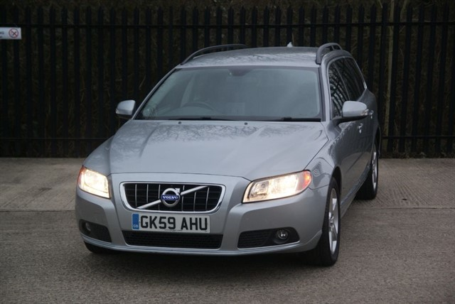 used Volvo V70 SE D5 in colchester-essex