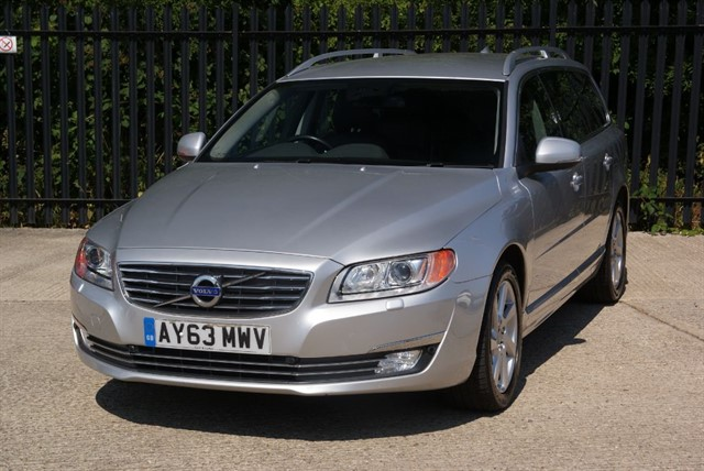 used Volvo V70 D4 SE LUX in colchester-essex