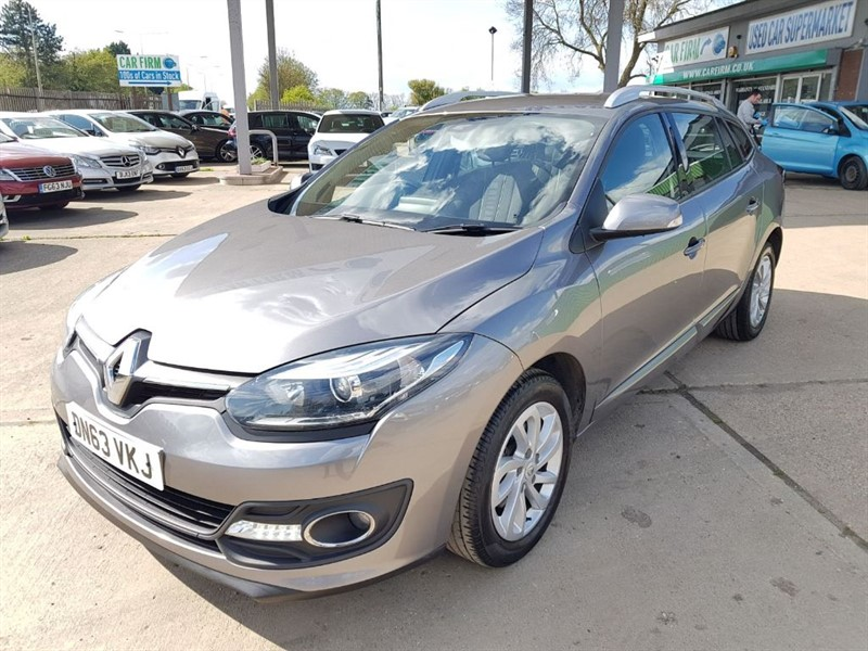 used Renault Megane DYNAMIQUE TOMTOM ENERGY DCI S/S in cambridgeshire