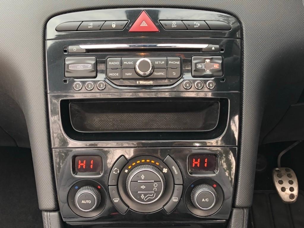 Peugeot 308 in Ferndown Dorset - CompuCars