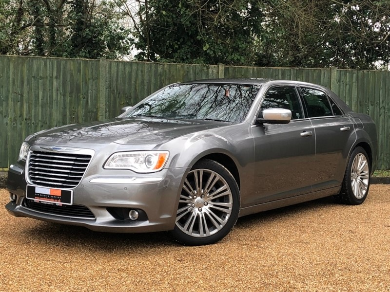 used Chrysler 300C TD Executive 4dr in in-dorset