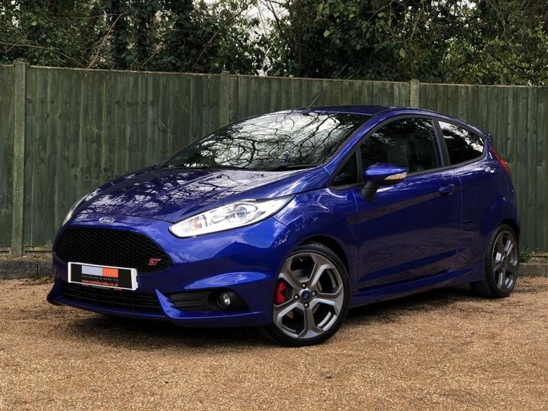 used Ford Fiesta EcoBoost ST-3 3dr in in-dorset