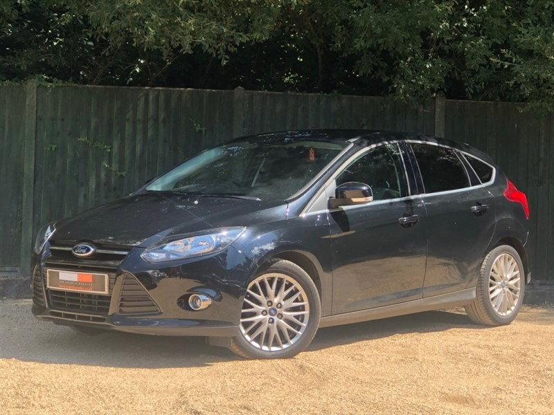 used Ford Focus EcoBoost Zetec (s/s) 5dr in in-dorset