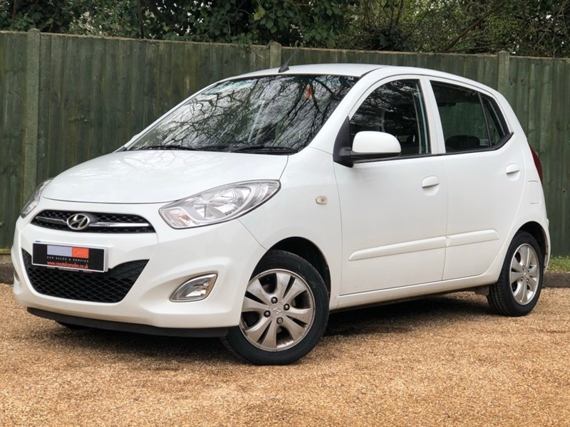 used Hyundai i10 1.2 Active 5dr in in-dorset