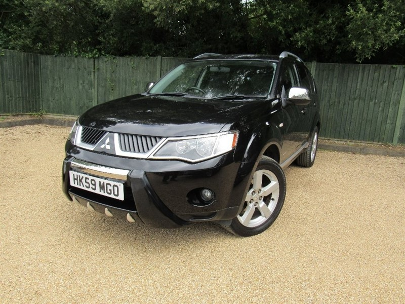 used Mitsubishi Outlander DI-D Warrior 5dr in in-dorset