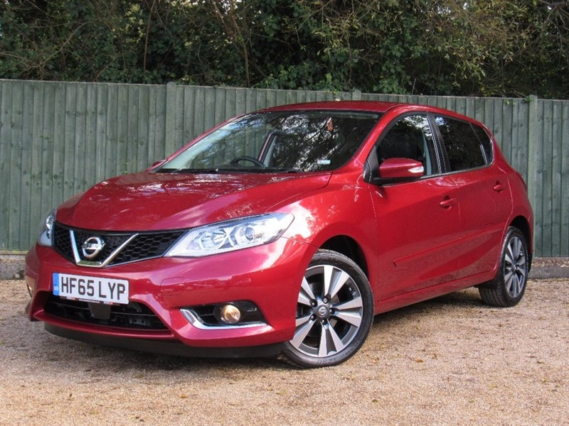 used Nissan Pulsar DIG-T Tekna Xtronic 5dr (start/stop) in in-dorset