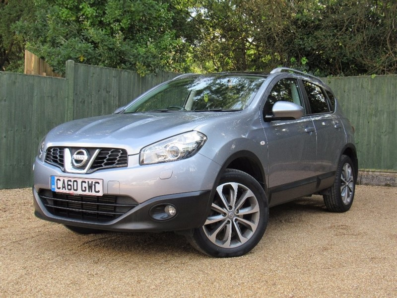 used Nissan Qashqai dCi Tekna 2WD 5dr in in-dorset