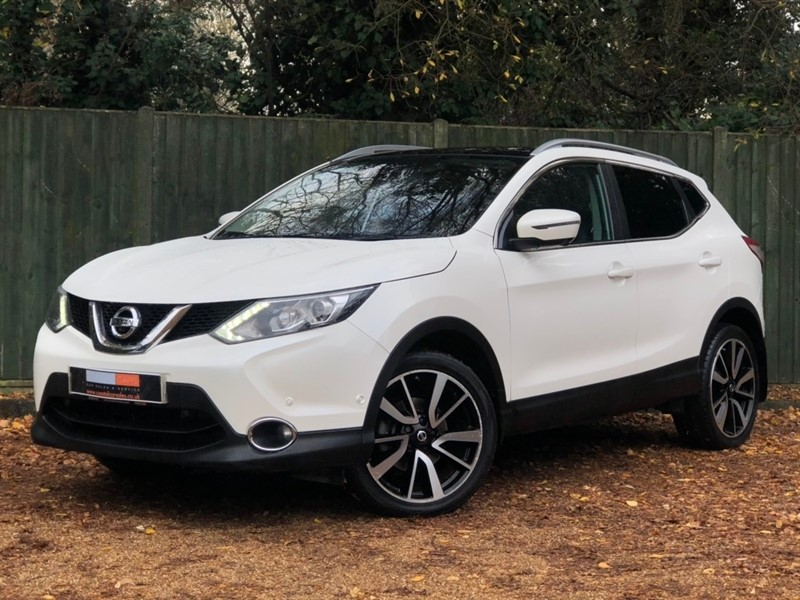 used Nissan Qashqai DIG-T Tekna 5dr in in-dorset