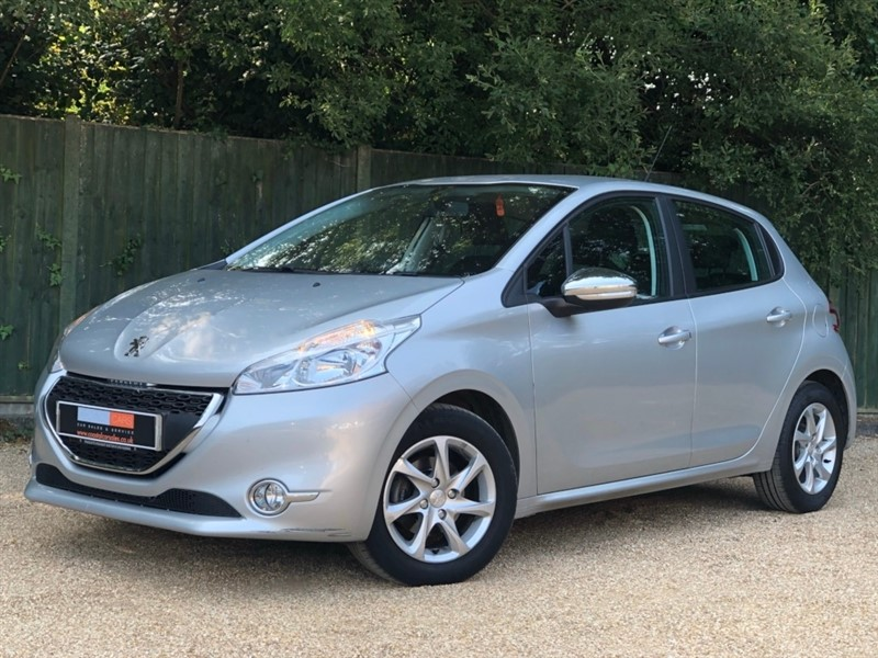 used Peugeot 208 VTi PureTech Active 5dr in in-dorset