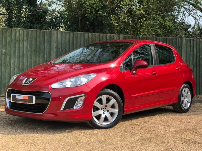 used Peugeot 308 HDi Active 5dr in in-dorset