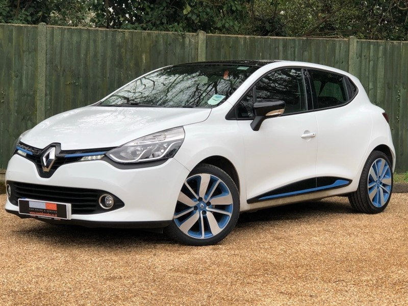 used Renault Clio TCe Dynamique S MediaNav (s/s) 5dr in in-dorset