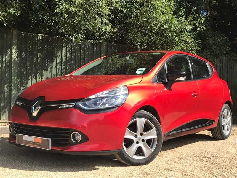 used Renault Clio TCe Dynamique MediaNav (s/s) 5dr in in-dorset