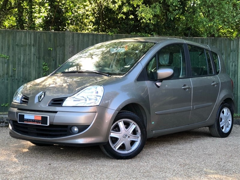 used Renault Grand Modus TCe Dynamique 5dr in in-dorset