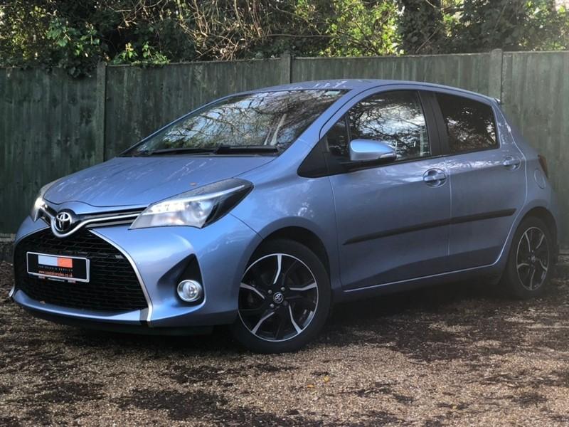 used Toyota Yaris 1.33 VVT-i Design Bi-Tone 5dr in in-dorset