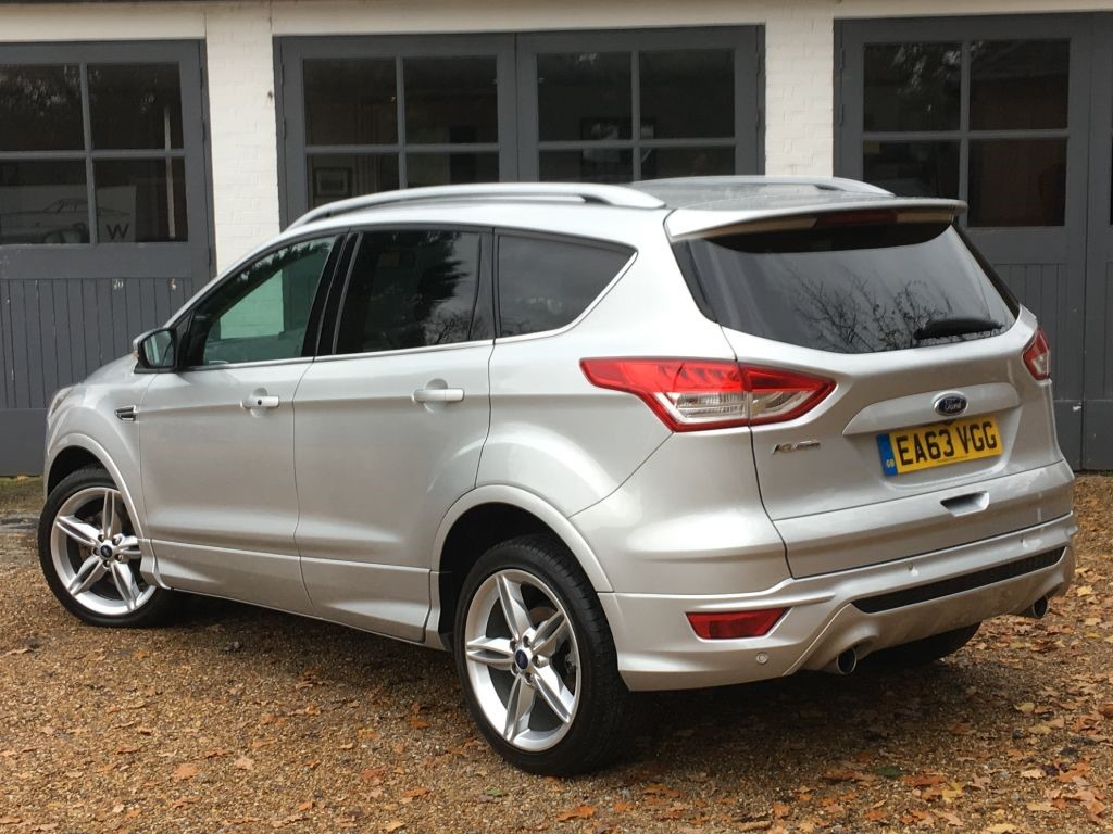 used moon dust silver ford kuga for sale west sussex. Black Bedroom Furniture Sets. Home Design Ideas