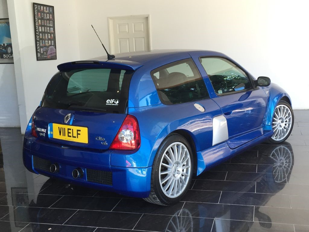 used illiad blue renault clio for sale west sussex. Black Bedroom Furniture Sets. Home Design Ideas
