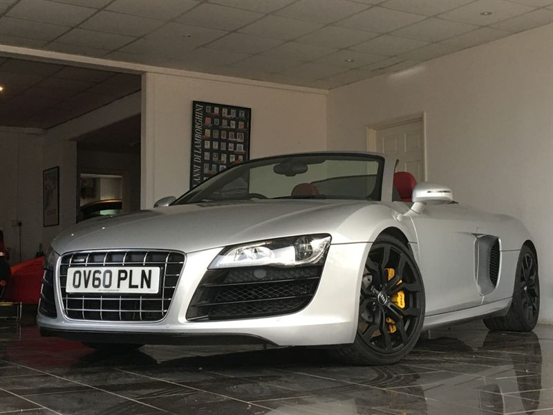 used Audi R8 SPYDER V10 QUATTRO in west-sussex