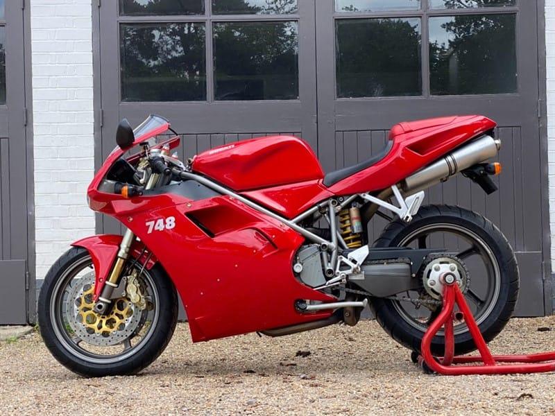 used Ducati 748 748 S BiPosto in west-sussex