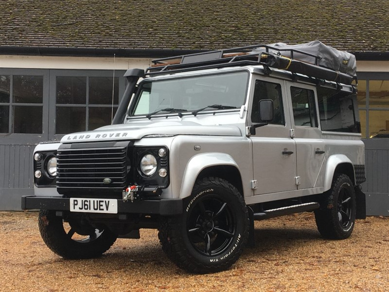 used Land Rover Defender TD XS UTILITY WAGON in west-sussex
