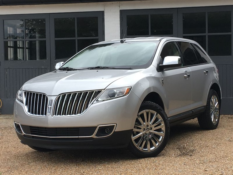 used Lincoln Navigator MKX AWD 3.7 V6 in west-sussex