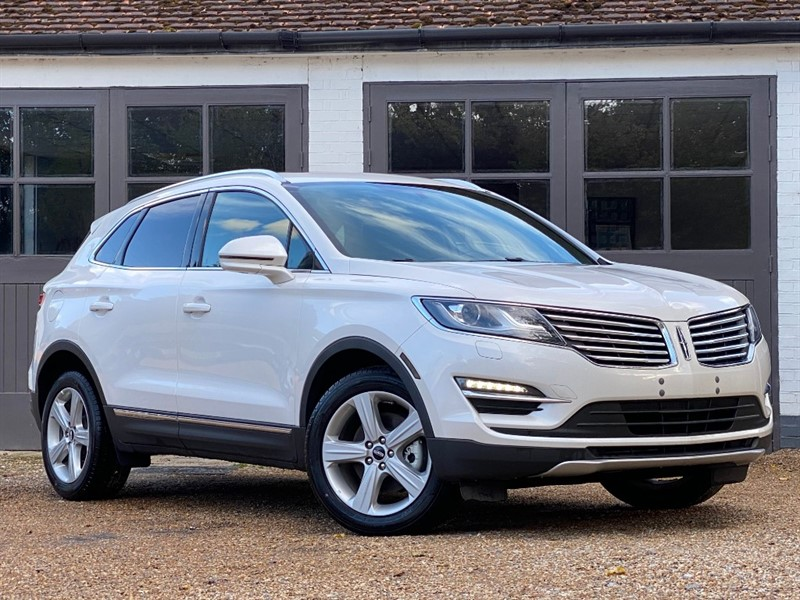 used Lincoln  MKC in west-sussex
