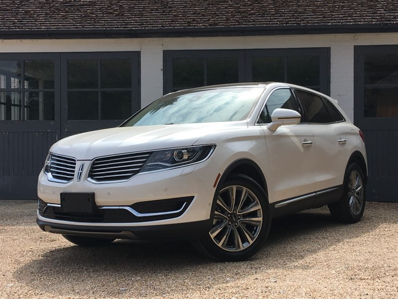 used Lincoln MKX MKX Reserve 2.7l V6 Twin Turbo AWD in west-sussex