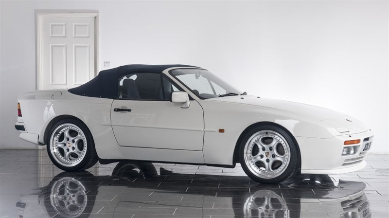used Porsche 944 TURBO in west-sussex