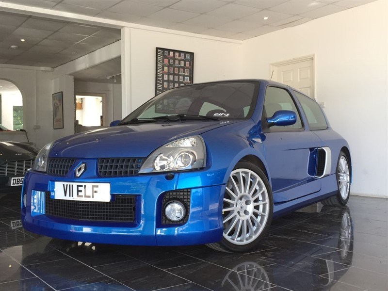 used Renault Clio RENAULTSPORT 255 V6 in west-sussex