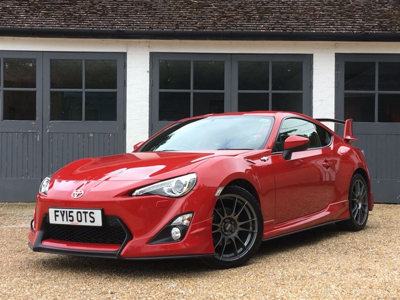 used Toyota GT86 D-4S AERO in west-sussex