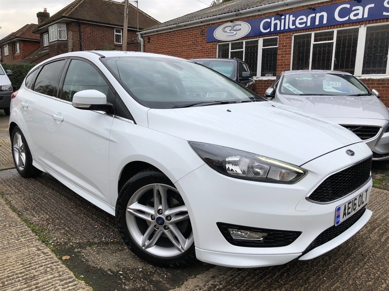 used Ford Focus T EcoBoost Zetec S (s/s) 5dr in high-wycombe-buckinghamshire