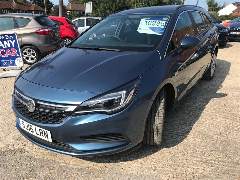 used Vauxhall Astra ecoFLEX Design Sports Tourer (s/s) in high-wycombe-buckinghamshire