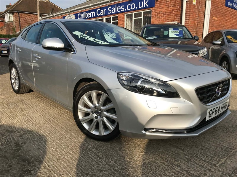 used Volvo V40 D2 SE Lux 5dr in high-wycombe-buckinghamshire