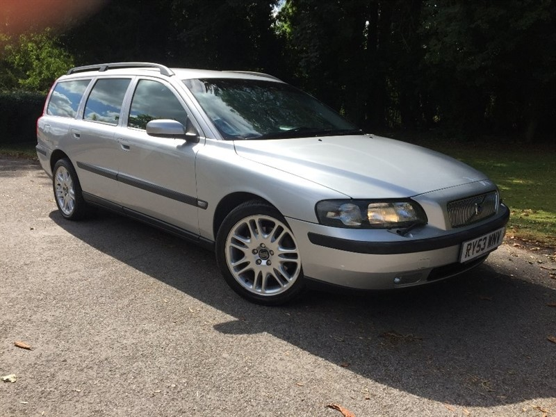 used Volvo V70 T SE Geartronic 5dr in high-wycombe-buckinghamshire