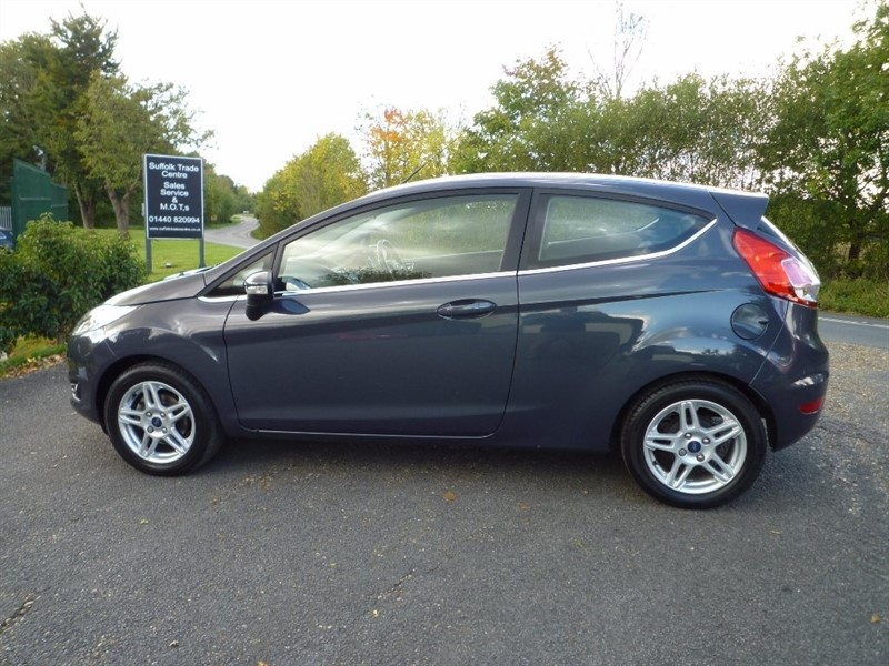 used Ford Fiesta EcoBoost Zetec 3dr (start/stop) in suffolk