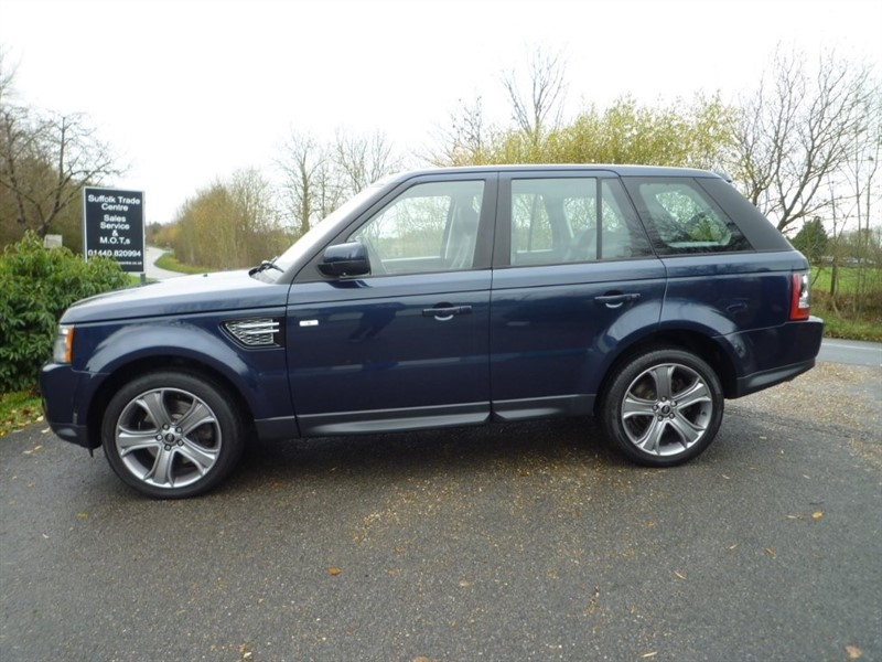 used Land Rover Range Rover Sport SD V6 HSE (Luxury Pack) 4X4 5dr in suffolk