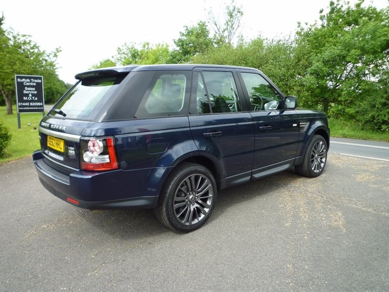 used Land Rover Range Rover Sport SD V6 HSE (Luxury Pack) Station Wagon 4x4 5dr in suffolk