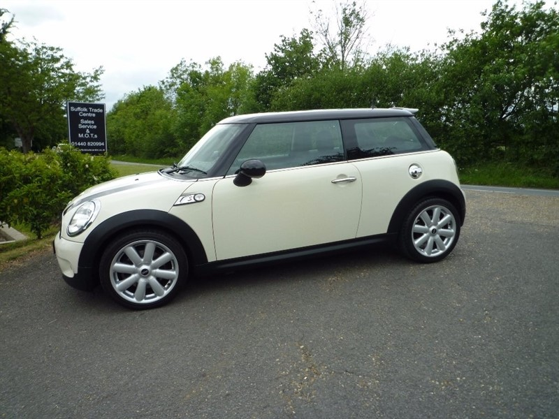 used MINI Hatch Cooper S 3dr in suffolk