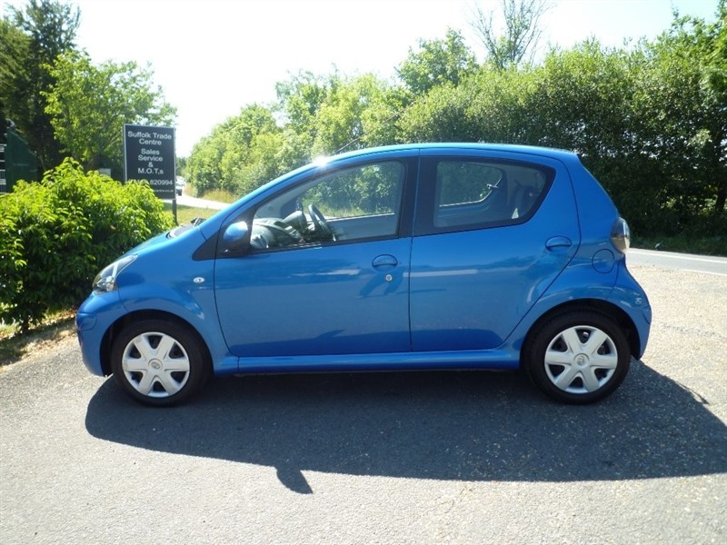 used Toyota Aygo VVT-i Blue 5dr in suffolk