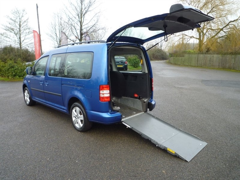 used VW Caddy Maxi Life TDI C20 Maxi Bus DSG 5dr (7 Seats) in suffolk