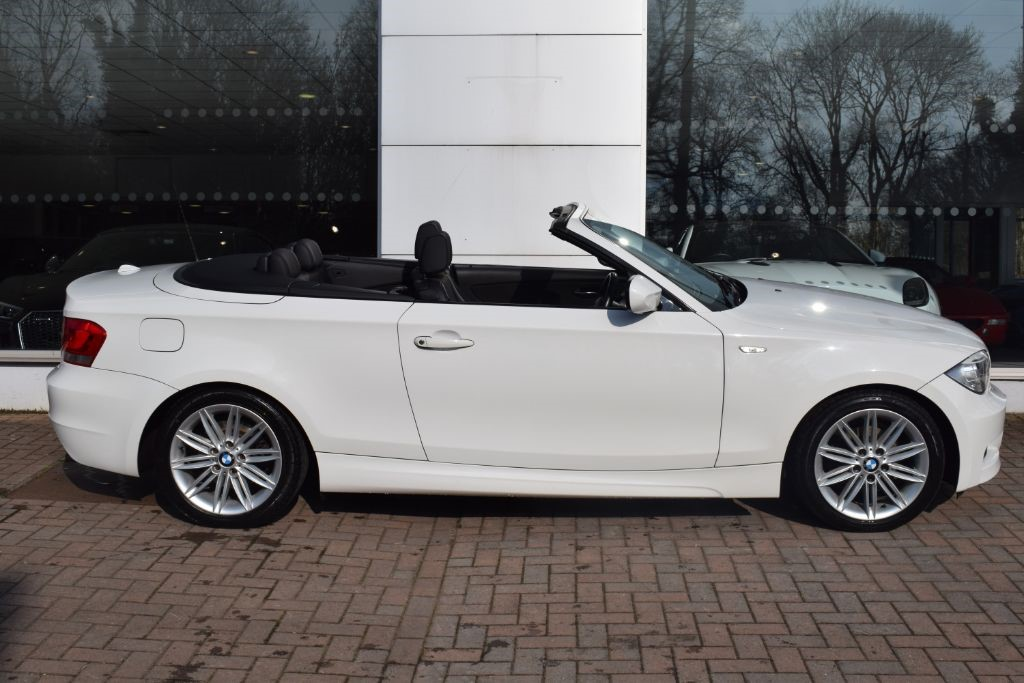 Used White BMW D For Sale Bristol - Bmw 1 series convertible used