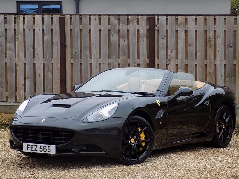 used Ferrari California 2 PLUS 2  *** Over 10k of optional extras*** in shrivenham